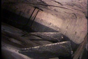 This image also shows the concrete seals from the lid. They appear to have degraded and fallen into the pit. A intrinsically safe PTZ camera was used to capture these defects.