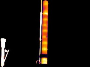 This image shows a tower with a weak thermal signature of trays. The trays were fouled in this tower, and the glycol was hanging up at the top and flowing down very poorly prior to cleaning. Maverick often assists in pre- and post-cleaning tower inspections to gather data used in customizing the cleaning process and to ensure the effectiveness of the cleaning method.