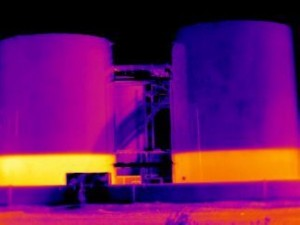 If the conditions are right, tank levels can be very apparent and simple to measure with a thermal imaging system.
